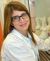 Dr. Merav darash